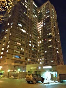 Сдаем 2-комнатную квартиру евроремонт Кронштадский б-р, д.49к1 - Фото 1