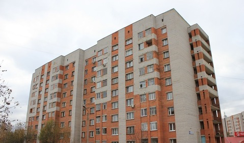 Продам 1 квартиру в сзр Чебоксар в кирпичном доме по М.Павлова