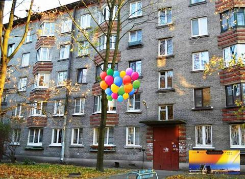 Квартира в кирпичной доме у метро Елизаровская по Доступной цене - Фото 2