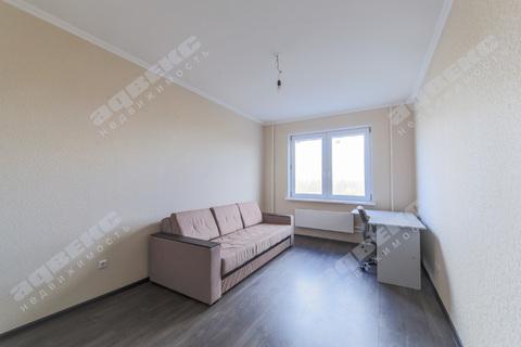 Двухкомнатная квартира в Колпино с отличной отделкой - Фото 2