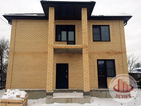 Дом кирпичный, 2 этажа, 2 входа, новый, без отделки - Фото 1