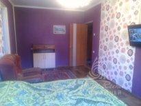 Сдаётся отличная квартира в Крыму, город Алушта, улица Красноармейская - Фото 1