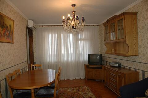 Просторная 3-комнатная в хорошем жилом состоянии, удобный район - Фото 2