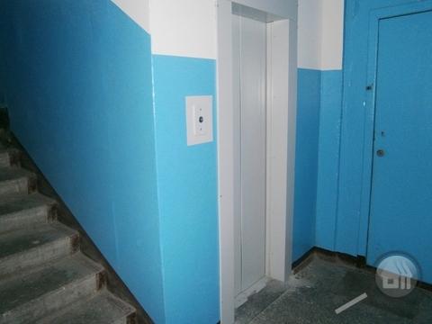 Продается комната с ок в 3-комнатной квартире, ул. Лядова - Фото 4