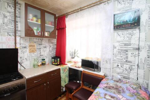 Двух комнатная в центре - Фото 2