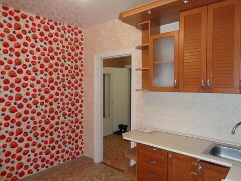 1-к квартира ул. Балтийская, 42, Купить квартиру в Барнауле по недорогой цене, ID объекта - 322988090 - Фото 1