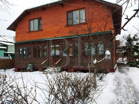 Теплый и уютный коттедж 176 кв.м, в городе Дедовске. 20 км. от . - Фото 1