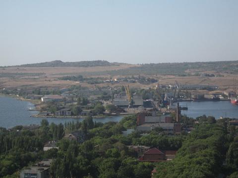 Продажа производственного комплекса 16000 кв.м. Керчь - Фото 1