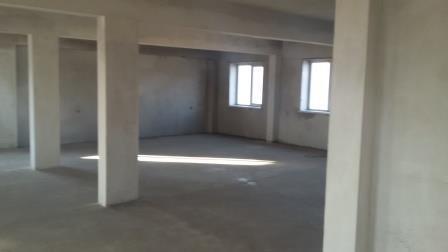 Продаётся 3 – х этажное здание с земельным участком - Фото 2