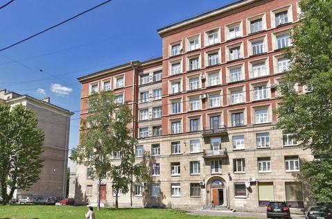 Продажа квартиры, м. Ломоносовская, Красных Зорь б-р. - Фото 1