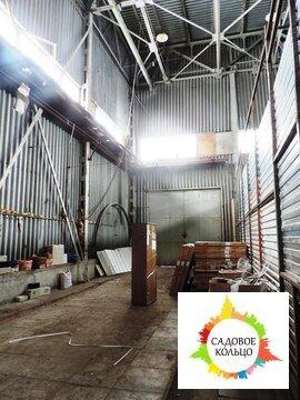 Холодное помещение открытой планировки, двое широких ворот, разгрузка - Фото 1