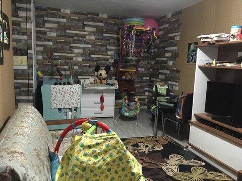 Продам 2-комнатную квартиру на Среднем поселке по адресу: ул. Клубная . - Фото 1