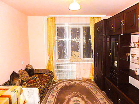 Сдается комната 13 кв.м. блок на 8 комнат в общежитии ул. Маркса 52 - Фото 1