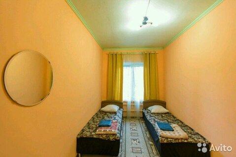 Комната 18 м в 4-к, 1/3 эт. - Фото 1