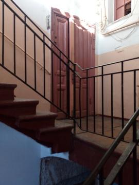 Продается светлая комната, ул. Театральная пл, д.16/11 - Фото 1