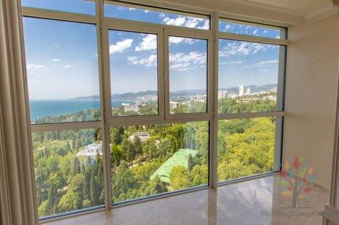 Квартира с тремя спальнями и видом на море в центре Сочи, Купить квартиру в Сочи по недорогой цене, ID объекта - 322851289 - Фото 1