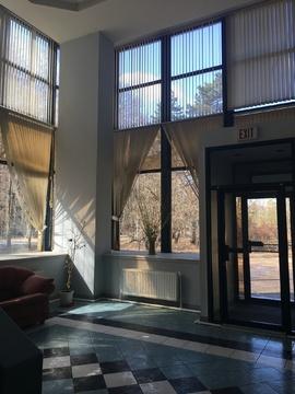 Уютный офис на первой линии , парковка . удобный заезд - Фото 1