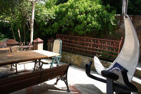 Домик во дворе, безопасном для ребенка. Wi-fi, двор, парковка - Фото 5