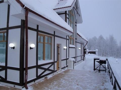Сдается дом на берегу озера, 1-я линия - Фото 1