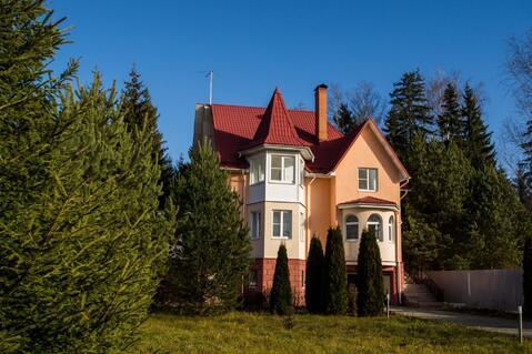 Неповторимый дом в окрестностях Голицыно, Продажа домов и коттеджей в Голицыно, ID объекта - 501997060 - Фото 1