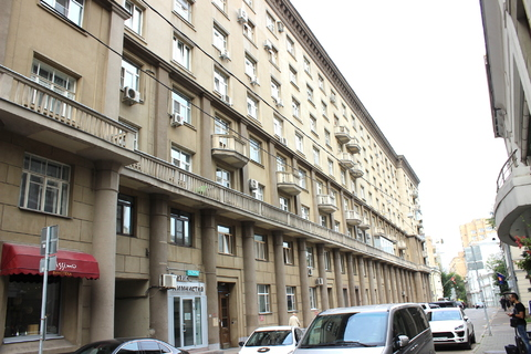 Продажа трехкомнатной квартиры в Староконюшенном переулке 19 - Фото 1