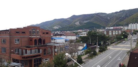 Евродвушка с шикарным видом на море и величавые горы в центре города! - Фото 5