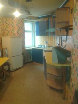 Сдаётся уютная благоустроенная двухкомнатная квартира в кирпичном доме - Фото 1