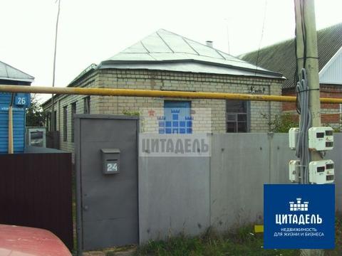 Отдельно стоящий дом в центре села - Фото 1