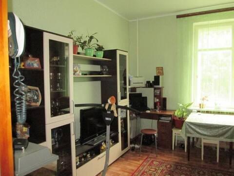 Продажа комнаты в трехкомнатной квартире на улице Циолковского, 17 в ., Купить комнату в квартире Пензы недорого, ID объекта - 700753958 - Фото 1