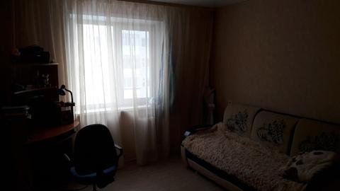 Продам 2 ком. квартиру с ремонтом в 11 м- не - Фото 3