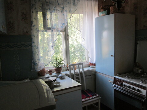 Комната в центре города Домодедово, 1-й Советский проезд, д. 3а - Фото 2