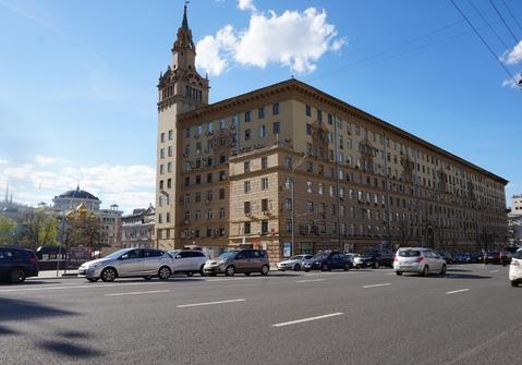 Двухкомнатная квартира 66м2 в фасадном сталинском доме, м.Смоленская - Фото 1