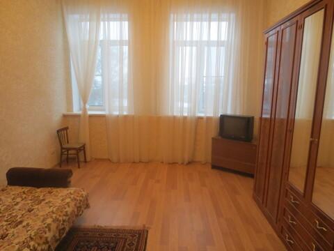 Сдам уютную, просторную комнату 30 м2 в 4 к. кв. в г. Серпухов - Фото 1