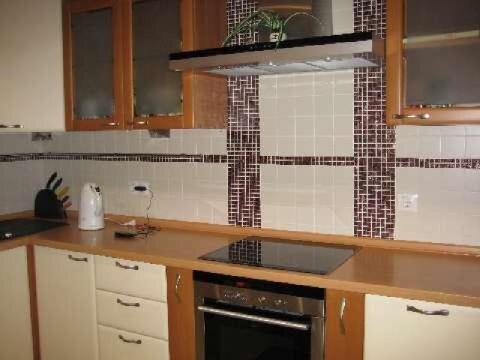 1 квартиру на тевосяна с ремонтом