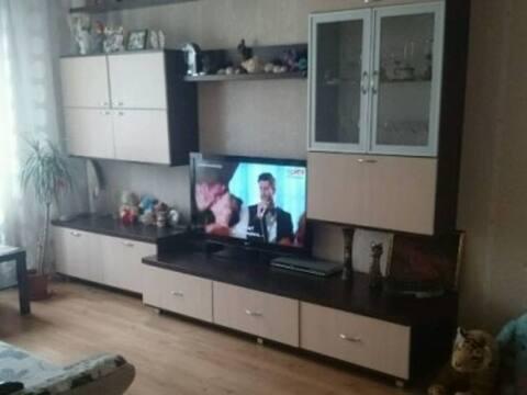 Продажа двухкомнатной квартиры на Батальной улице, 74 в Калининграде, Купить квартиру в Калининграде по недорогой цене, ID объекта - 319810689 - Фото 1