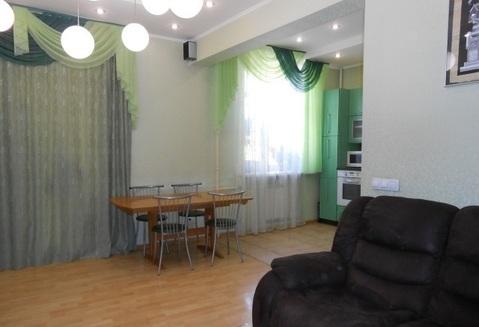 Хорошая 4-х комнатная квартира в самом центре г.Ярославля, окна выходят . - Фото 1