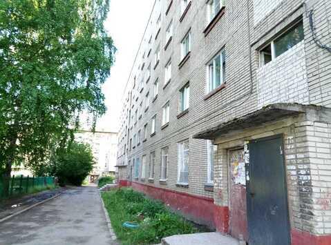 Комната в секции, ул. Петра Сухова, 9а/1 - Фото 4