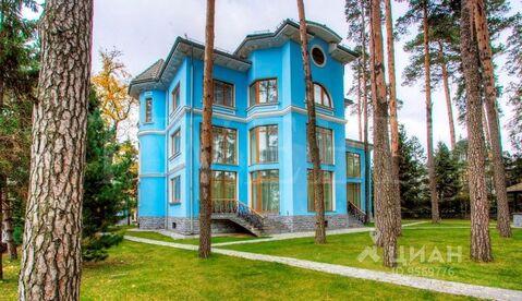 Коттедж в Москва Рублевское ш. (1074.0 м) - Фото 1