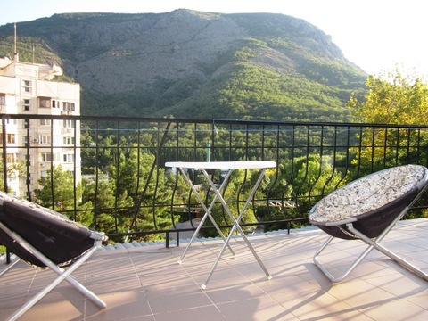 3-к.квартира с видом на Медведь-гору, Партенит - Фото 2