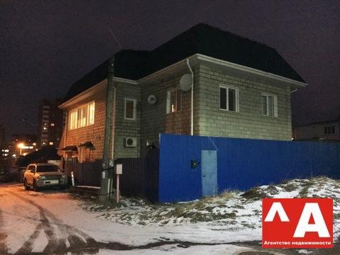 Продажа дома 425 кв.м. на участке 6 соток на улице Комарова - Фото 1
