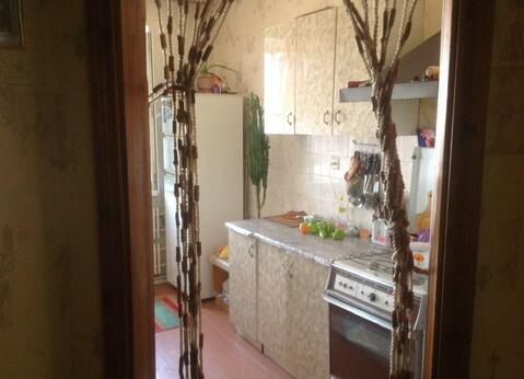 2 100 000 Руб., 3-х комнатная квартира с мебелью в районе 29 школы, Купить квартиру в Ставрополе по недорогой цене, ID объекта - 316899678 - Фото 1