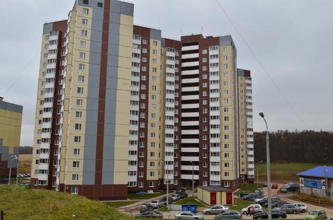 Продам 1 квартиру рядом с Ясной Поляной пр.Тракторостроителей 56 к 1 - Фото 1