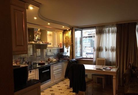 Продаётся однокомнатная квартира-студия с дизайнерским ремонтом. - Фото 2