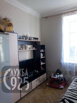 4-к Комната, Красноказарменная улица, 9 - Фото 1