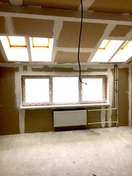 Квартира в новом доме с мансардными окнами - Фото 1