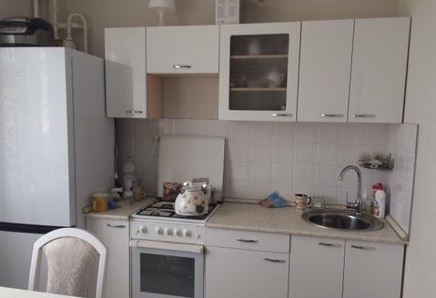 1-комнатная квартира 38 кв.м. 7/9 пан на Академика Сахарова, д.15 - Фото 1