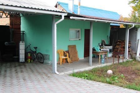 На участке 3,5 сотки дом 120 кв.м + баня. - Фото 2