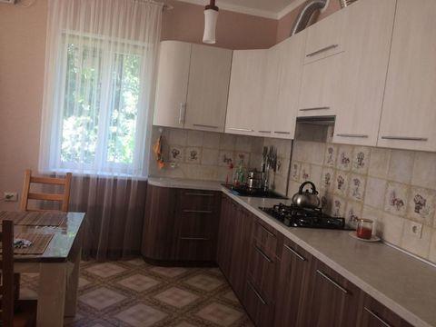 Дом, Новочеркасск,8 Марта ул, общая 200.00кв.м. - Фото 2
