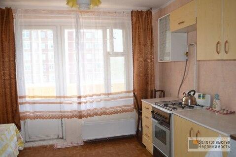 2-комнатная квартира в центре Волоколамска (кухня 10м) - Фото 2
