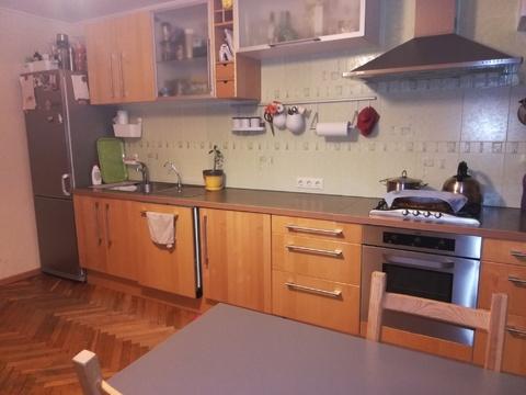 Продам большую квартиру в центре города Тихвин - Фото 1